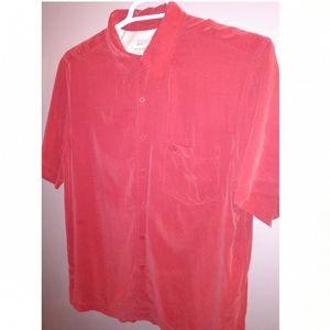 Quiksilver men's medium red short sleeve button up